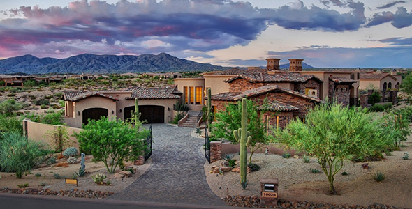 Mirabel homes in Mirabel Club of North Scottsdale are built around the community's Tom Fazio designed golf course.