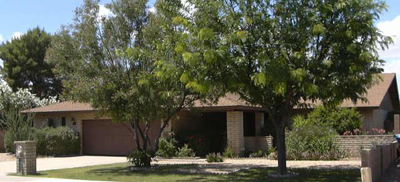 Mini Moon Estates at Moon Valley in North Phoenix Arizona has homes for sale between $200,000 and $300,000.